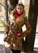 Демисезонное пальто Кружева в стиле casual.